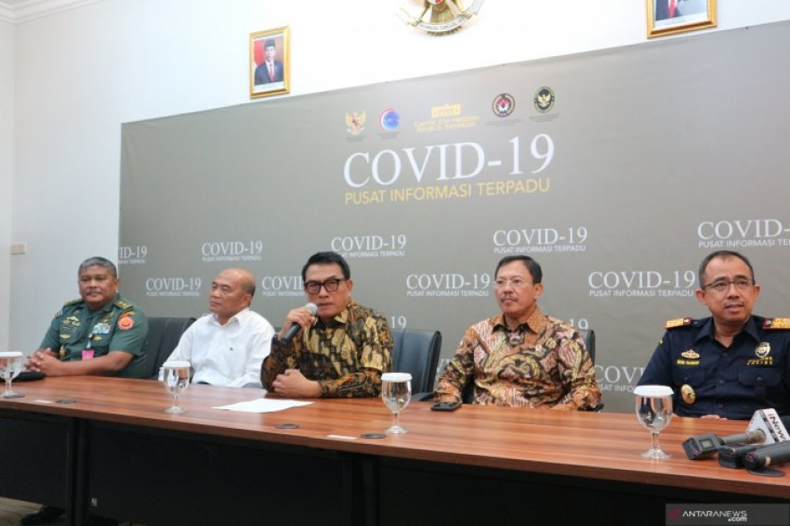 The Coordinating Minister for Human Development and Cultural Affairs Muhadjir Effendy (second left), Chief of Presidential Staff Moeldoko, Health Minister Terawan Agus Putranto and the Director General of Customs Office Heru Pambudi in a press conference on COVID-19 on Monday (Feb 17, 2020).