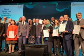 President Director of BPJS Kesehatan Fahmi Idris (second right) received an award during the 33rd General Assembly of the World Social Security Forum (WSSF) held in Brussles, Belgium, on October 14-18, 2019